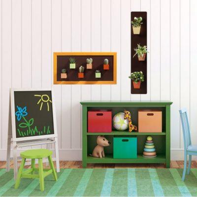 Magnetické květináče na magnetickém obraze a podložce v dětském pokoji